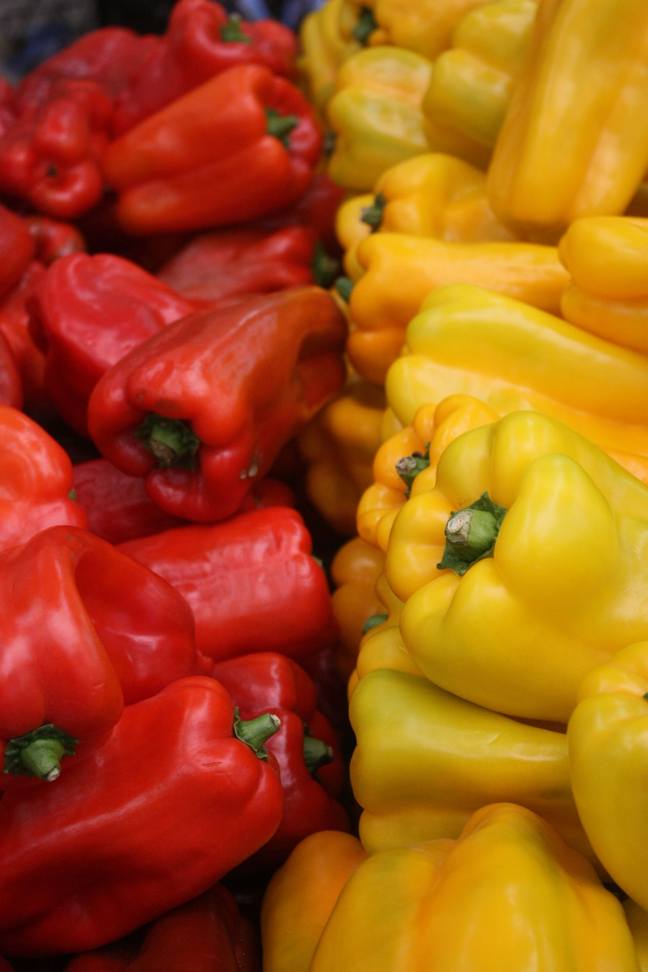Abundance Backgrounds Bell Pepper Business Choice Close-up Day Food Food And Drink For Sale Freshness Full Frame Healthy Eating Healthy Lifestyle Large Group Of Objects Market Market Stall No People Outdoors Red Red Bell Pepper Retail  Supermarket Vegetable Red Color