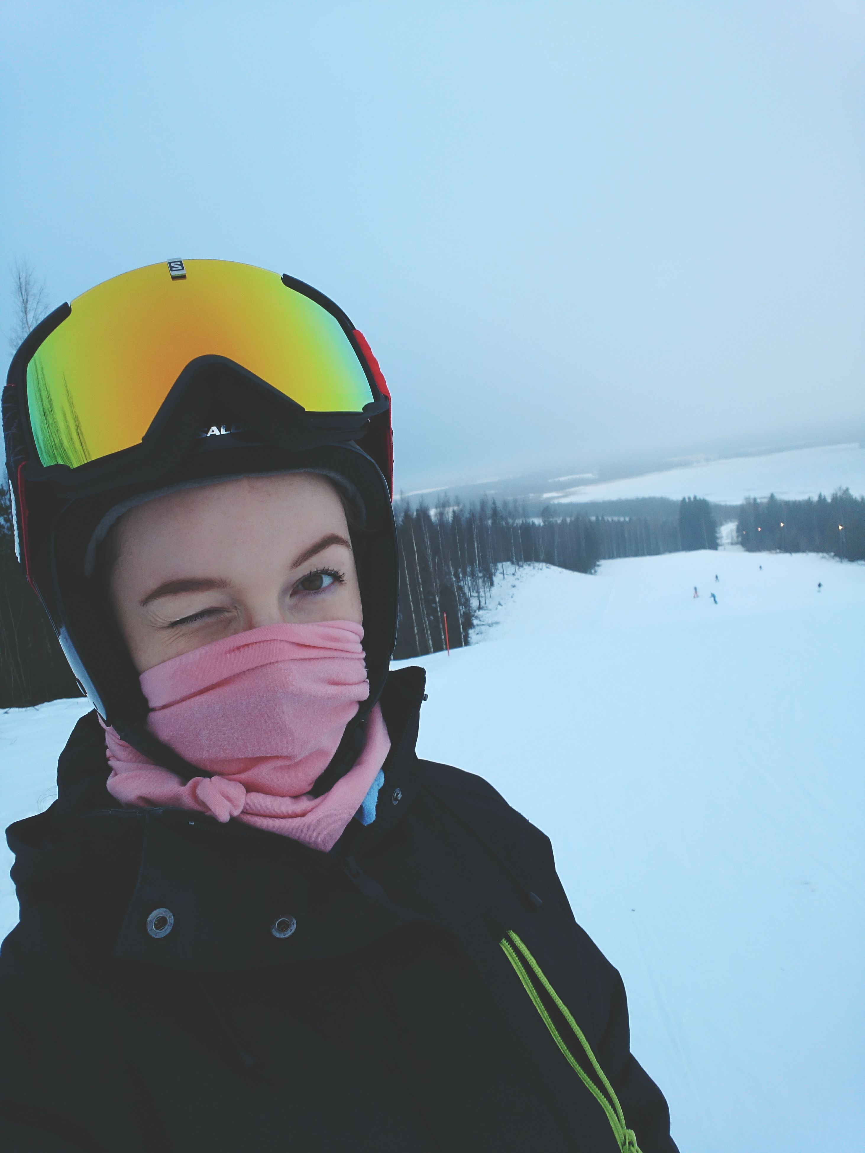winter, headshot, snow, warm clothing, one person, front view, lifestyles, leisure activity, day, adults only, people, cold temperature, adult, close-up, real people, water, young adult, human body part, outdoors, only women, snowboarding, sky