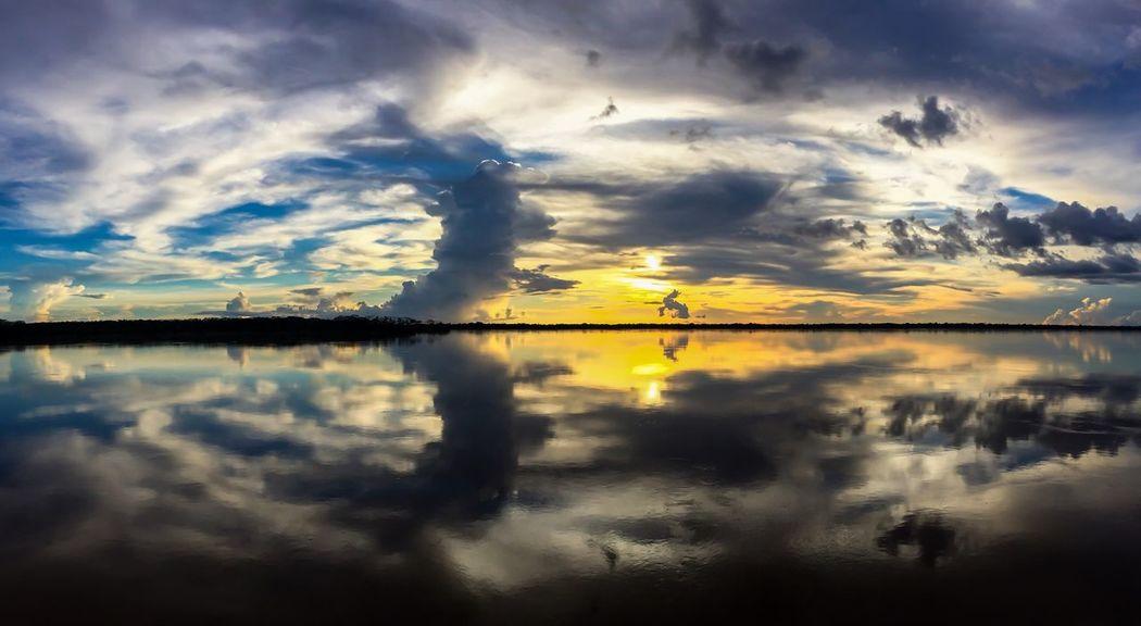 world of the Amazon sSkyTTreeMMemoriesrReflectioncCloud - SkybBeauty In NaturetTranquil ScenewWaternNo PeopleoOutdoorssSunsetdDayTTriprRiverSSunlightVViajarBBrazilaAroundtheworldAAmazonasaAmazonsSunsSol