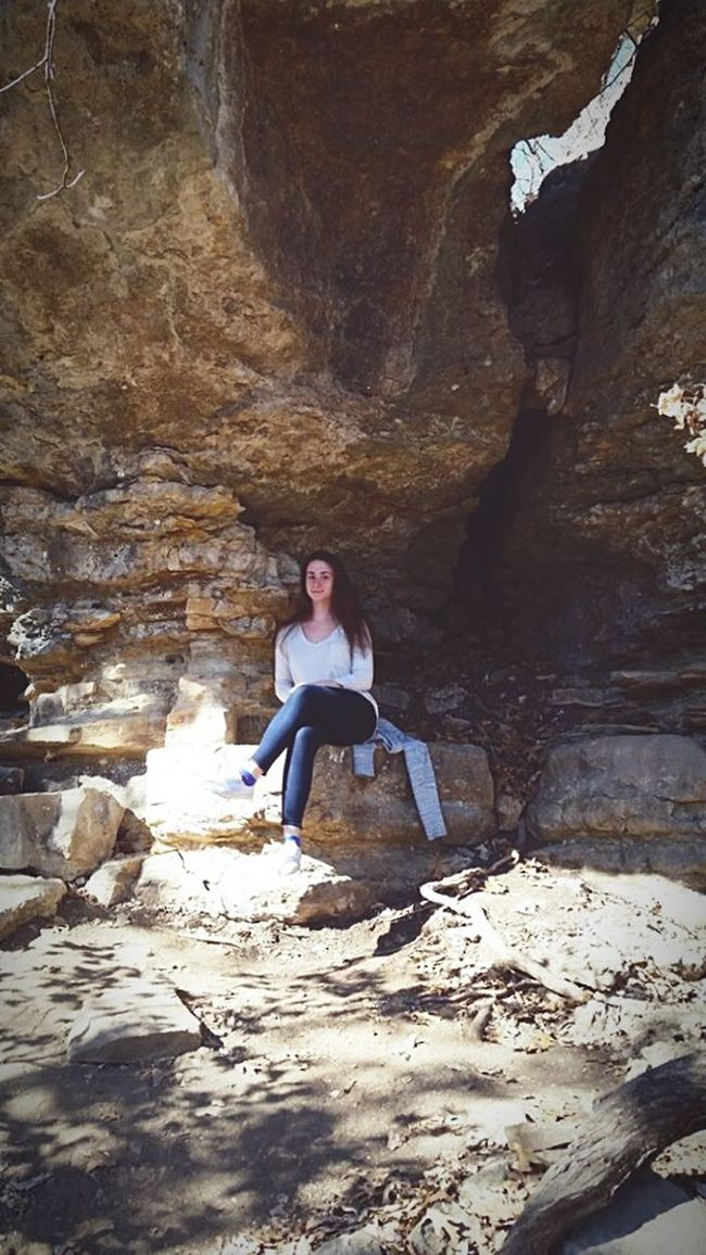 Exploring! Out Exploring Tulsa Red Bud Park Tulsa,oklahoma Nature A Big Rock Taking Selfies Hello Peoplee ❤❤ Nice Weather Nice Mood My Valentines Day Amazing Day