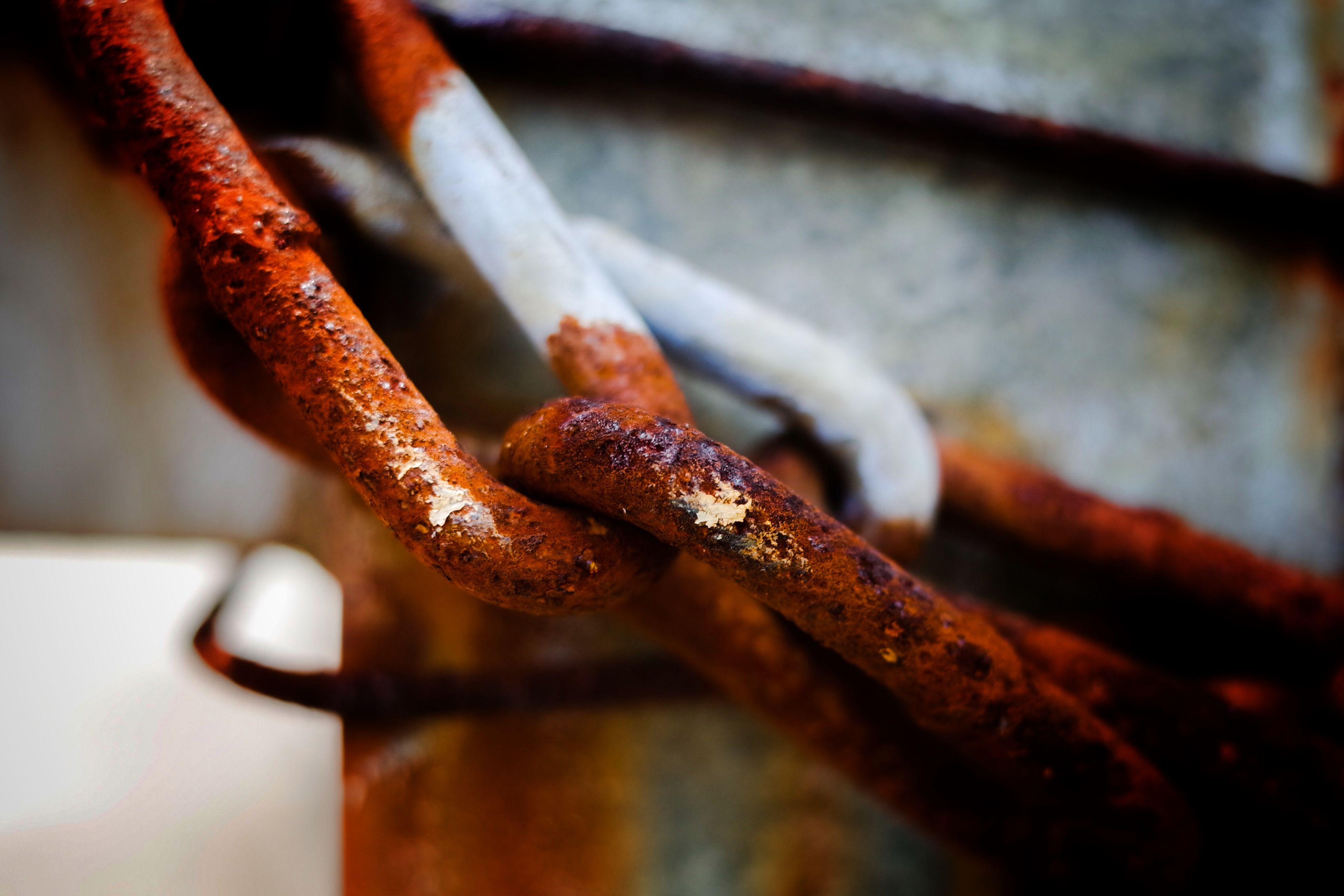 close-up, indoors, focus on foreground, rusty, selective focus, metal, wood - material, old, metallic, weathered, damaged, day, no people, deterioration, wooden, abandoned, still life, wood, hanging