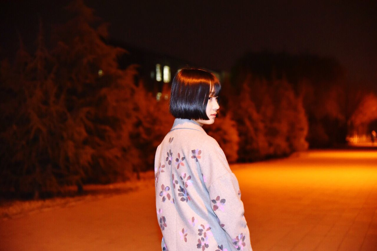 traditional clothing, real people, rear view, night, celebration, one person, kimono, bride, women, illuminated, outdoors, wedding dress, groom, young adult, people
