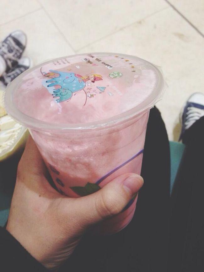 First time drinking this :0 Bubble Tea Milk Tea Bubble Milk Tea Strawberry Flavour