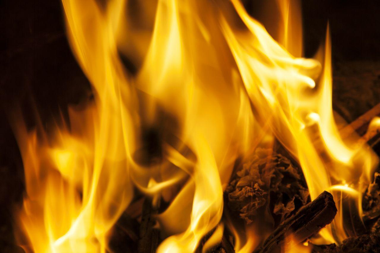 Fire Fire Place Hot огонь костер дрова камин горячо
