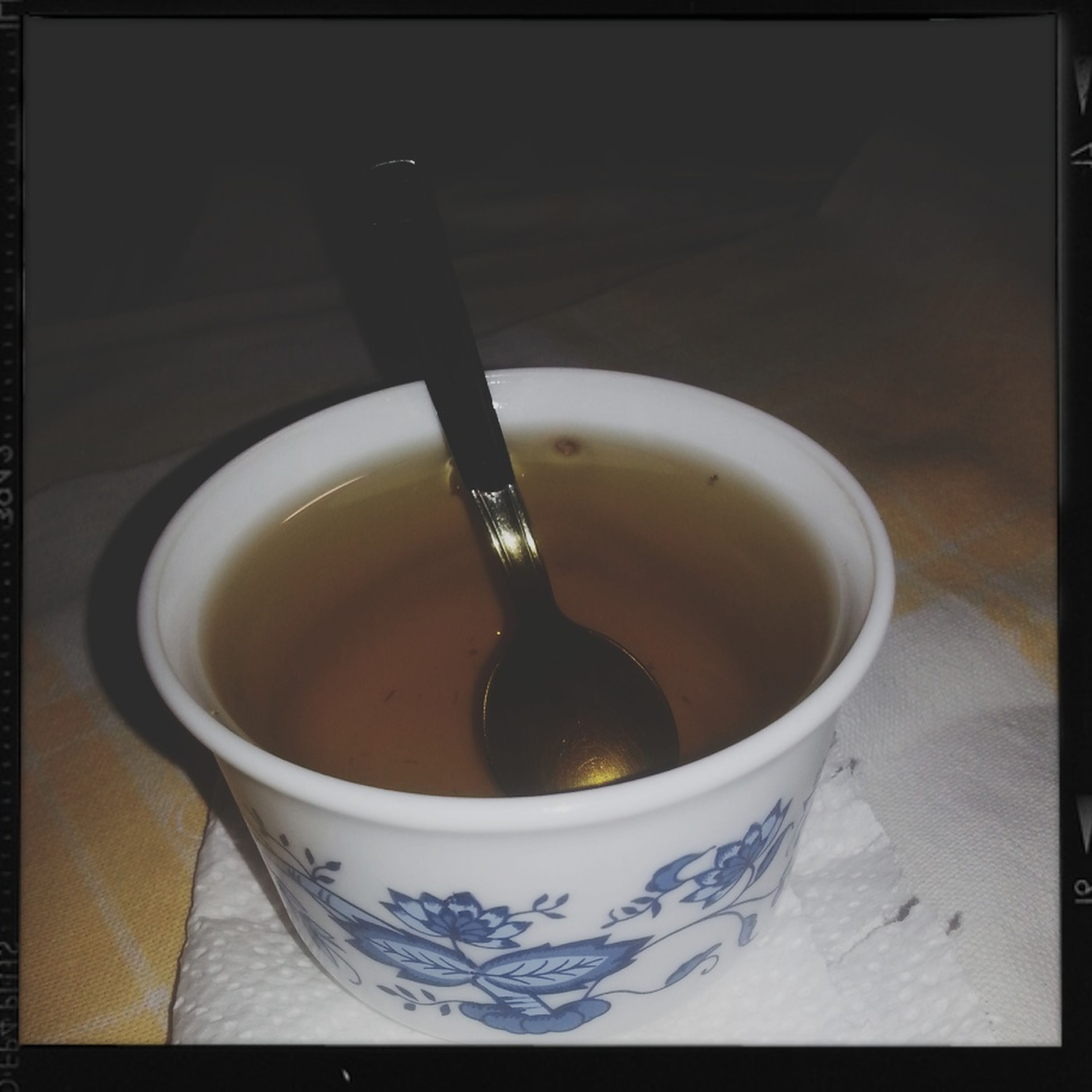 indoors, drink, coffee cup, food and drink, refreshment, transfer print, table, coffee, still life, freshness, spoon, coffee - drink, cup, close-up, auto post production filter, saucer, directly above, high angle view, beverage, tea cup