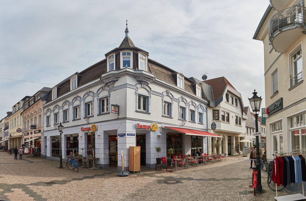 KEMPEN, GERMANY - OCTOBER 26, 2016: A corner Building hosts a bakery outlet in the old town Atmospheric Mood Christanity Colorful Downtown Germany Heritage High Resolution Historic City History Light Love Market Medieval Outdoors People Relaxing Shopping Travel Destination Urban