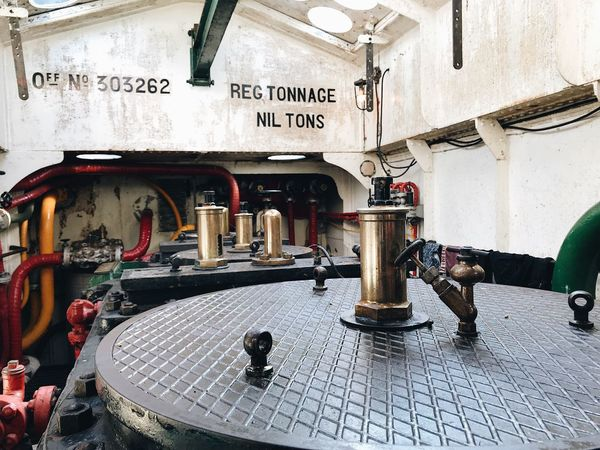 Visiting onboard a steamship Text Built Structure Indoors  No People Vessels Metal Cylinder Engine Engineering Machine Part Machinery Full Frame Vessel Tonnage Indoors  Ships Boat Still Life Onboard A Ship Interior Detail Nautical Vessel Ship Interiors Engine Room Seamanlife Onboard