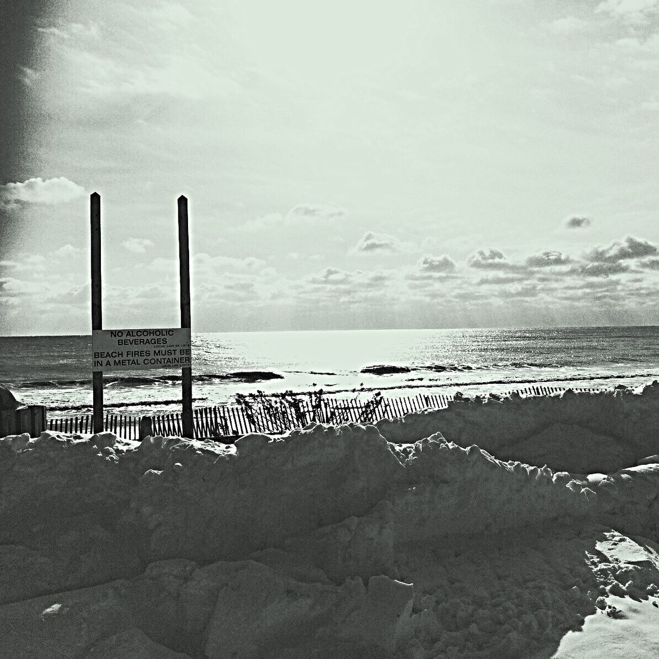 Beauty In Nature Beach Horizon Over Water Nature Scenics Instadaily Eye4photography  Sky_collection From My Point Of View Phototag_it Monochrome Photography Blackandwhite Photography Cloud - Sky IPhoneography Blackandwhite Landscape_Collection Beachphotography Taking Photos