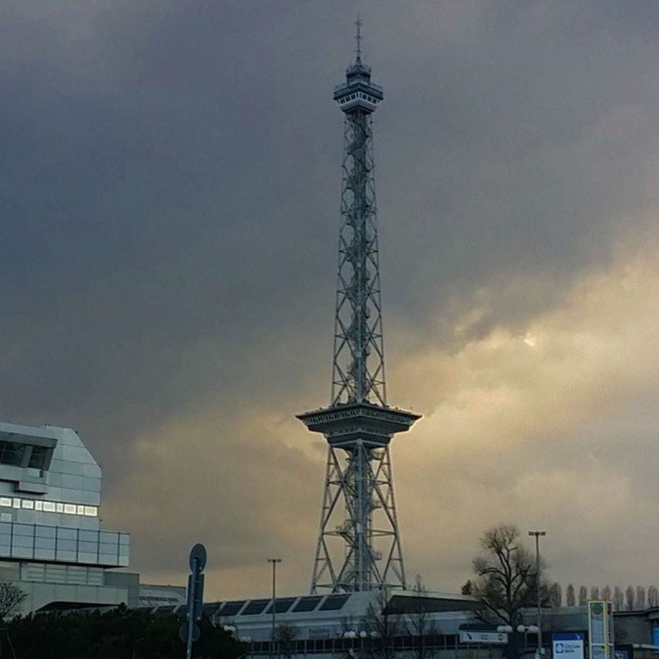 März2015 Spandau Hello World Selamunaleykum My Fuckin Berlin Funkturm Messeberlin