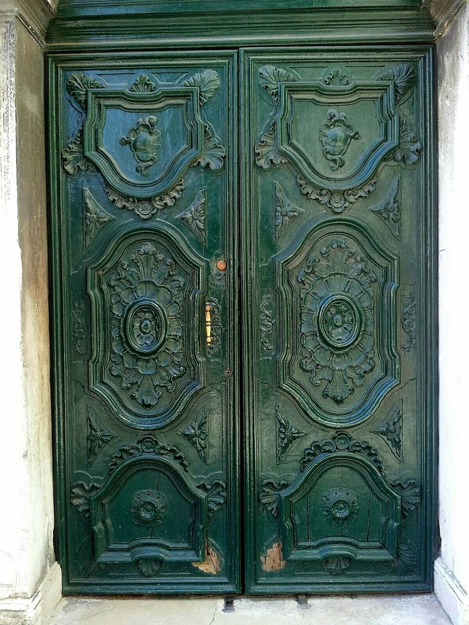 Close-up Doors With Stories Full Frame No People Colours Colorstory Smartphone Photography