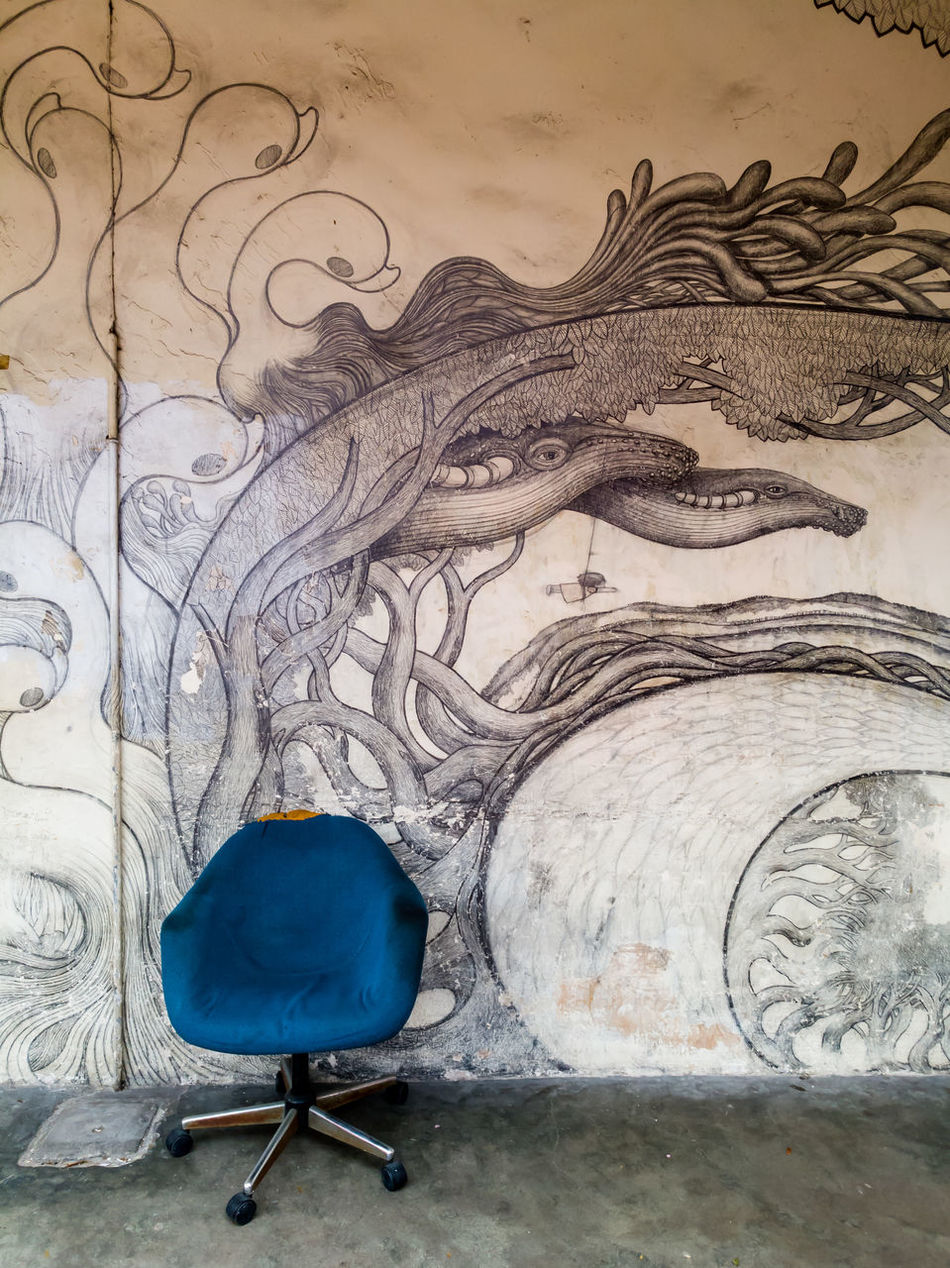 Close-up No People Indoors  Day Art Wall Artistic Sketch Sketching Chair Sofa Old Old Town Abstract Photography Wall Painting