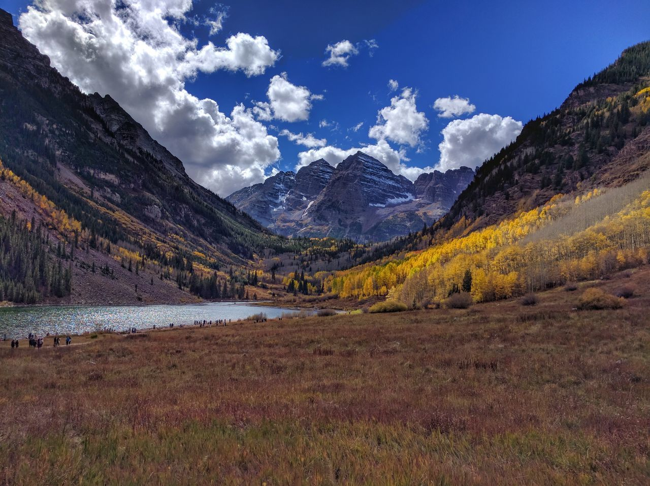 Mountain Tranquil Scene Scenics Tranquility Non-urban Scene Beauty In Nature Landscape Sky Nature Mountain Range Remote Physical Geography Countryside Blue Travel Destinations Geology Cloud - Sky Cloud Outdoors Majestic Maroonbells Fall Colors Fall Beauty Fall Leaves Fall