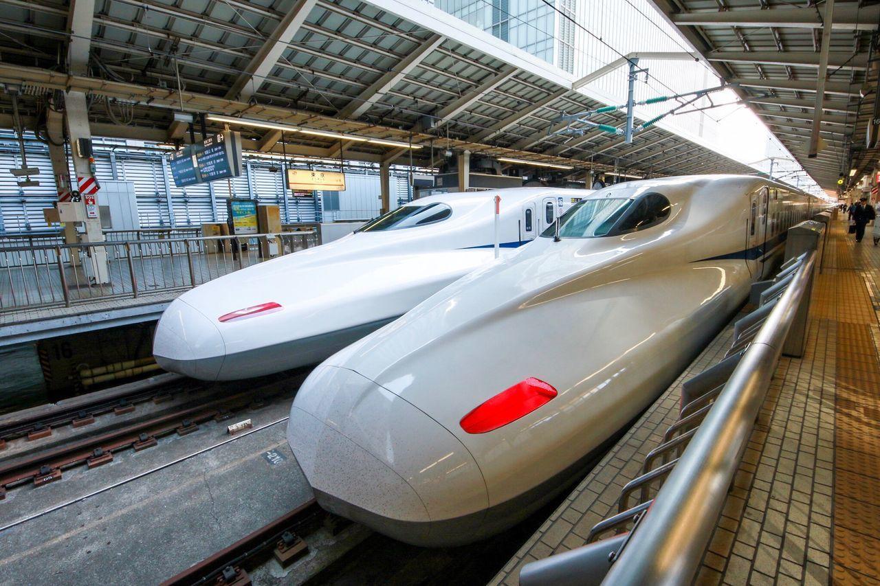 東京駅新幹線ホーム Shinkansen Station Tokyostation