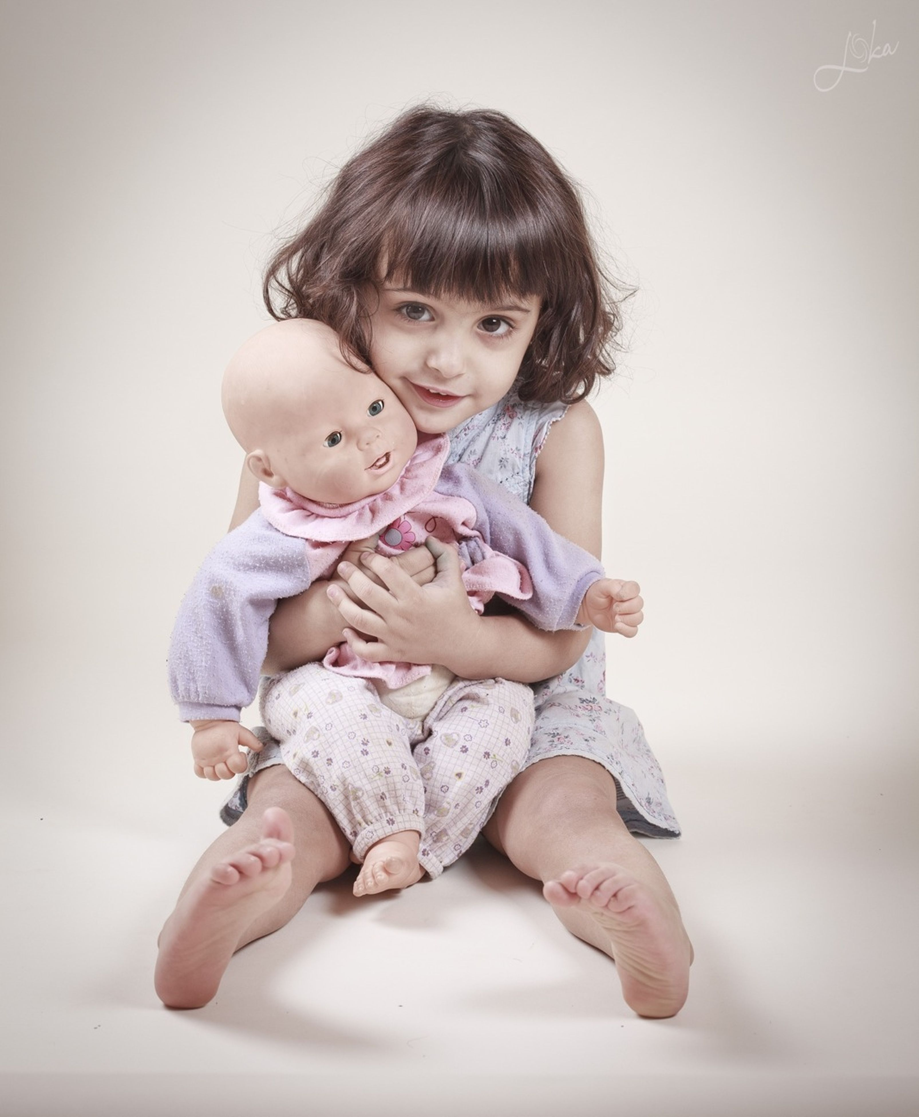 childhood, person, indoors, elementary age, cute, lifestyles, casual clothing, portrait, innocence, full length, front view, looking at camera, leisure activity, three quarter length, happiness, girls, togetherness, smiling