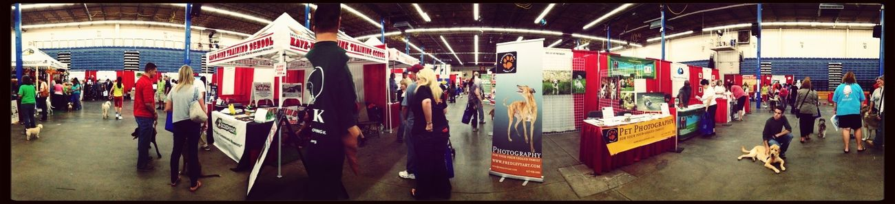 set up my booth at the New England Pet Expo. great turn out. Dog Photography