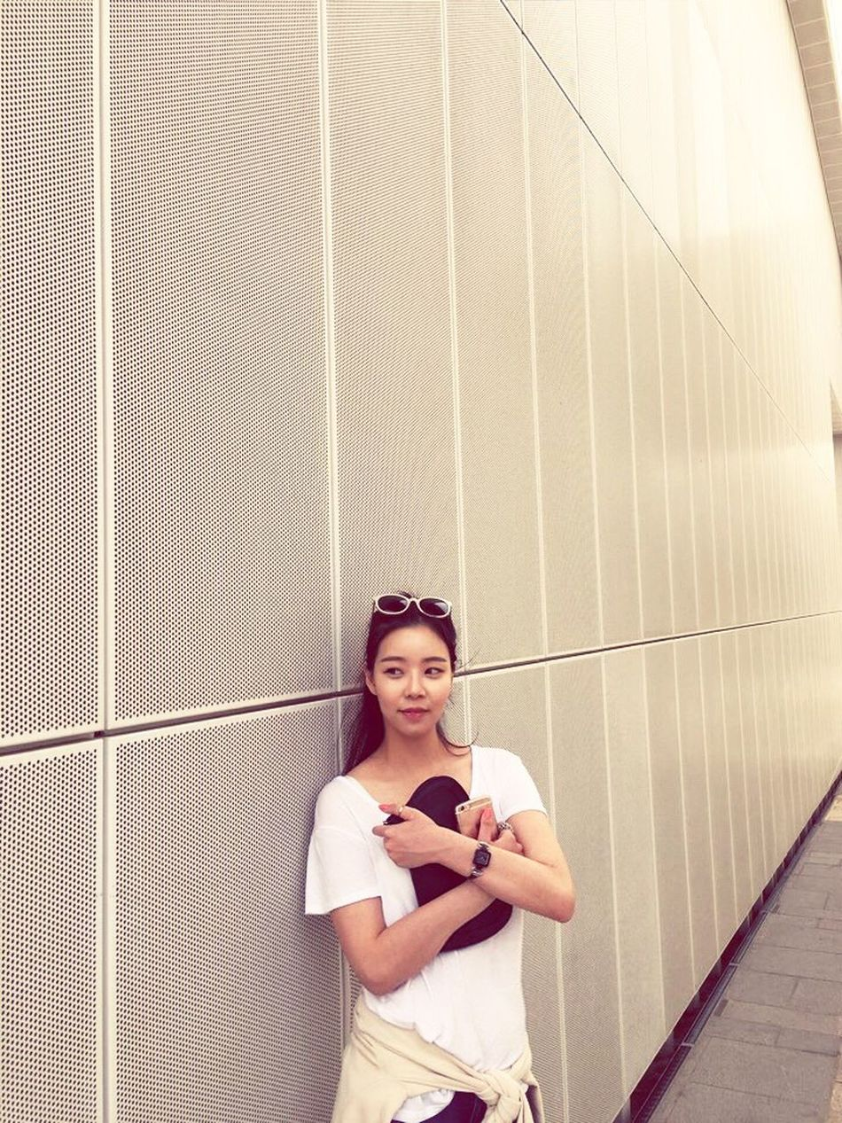 hi :) Long time no see😆😑 Asian  Koreangirl Happiness ThatsMe Asian Girl Korean Hi! Check This Out! Hello World Look At Me!