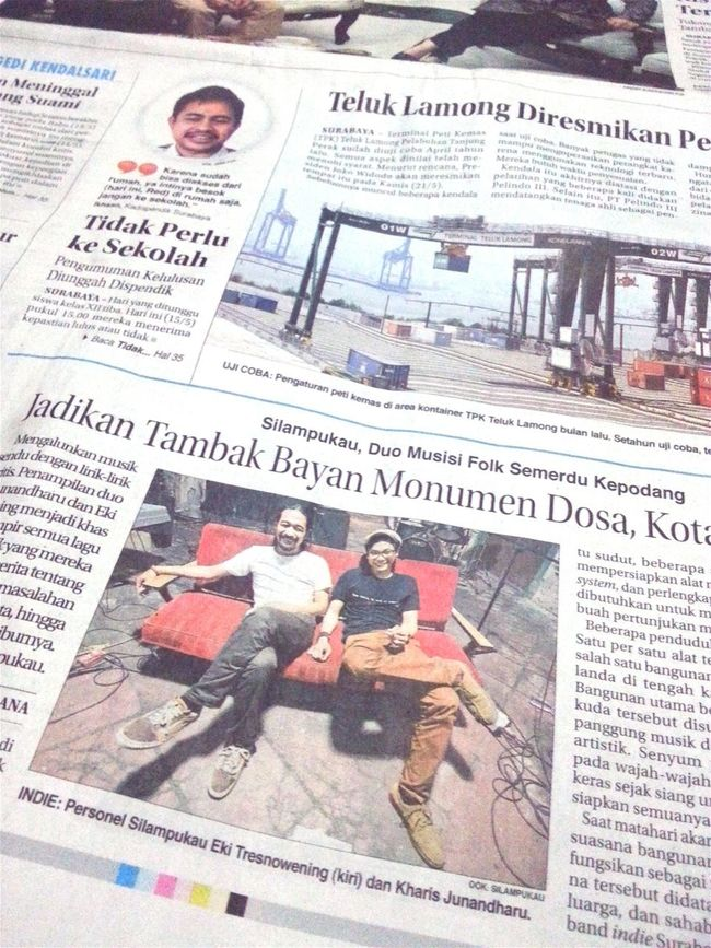 ...my photo on the local newspaper Silampukau Jawa Pos Eki Tresnowening Kharis Junandharu Dosa, Kota, & Kenangan Album Launch Newspaper Headlines Music Concert Photography