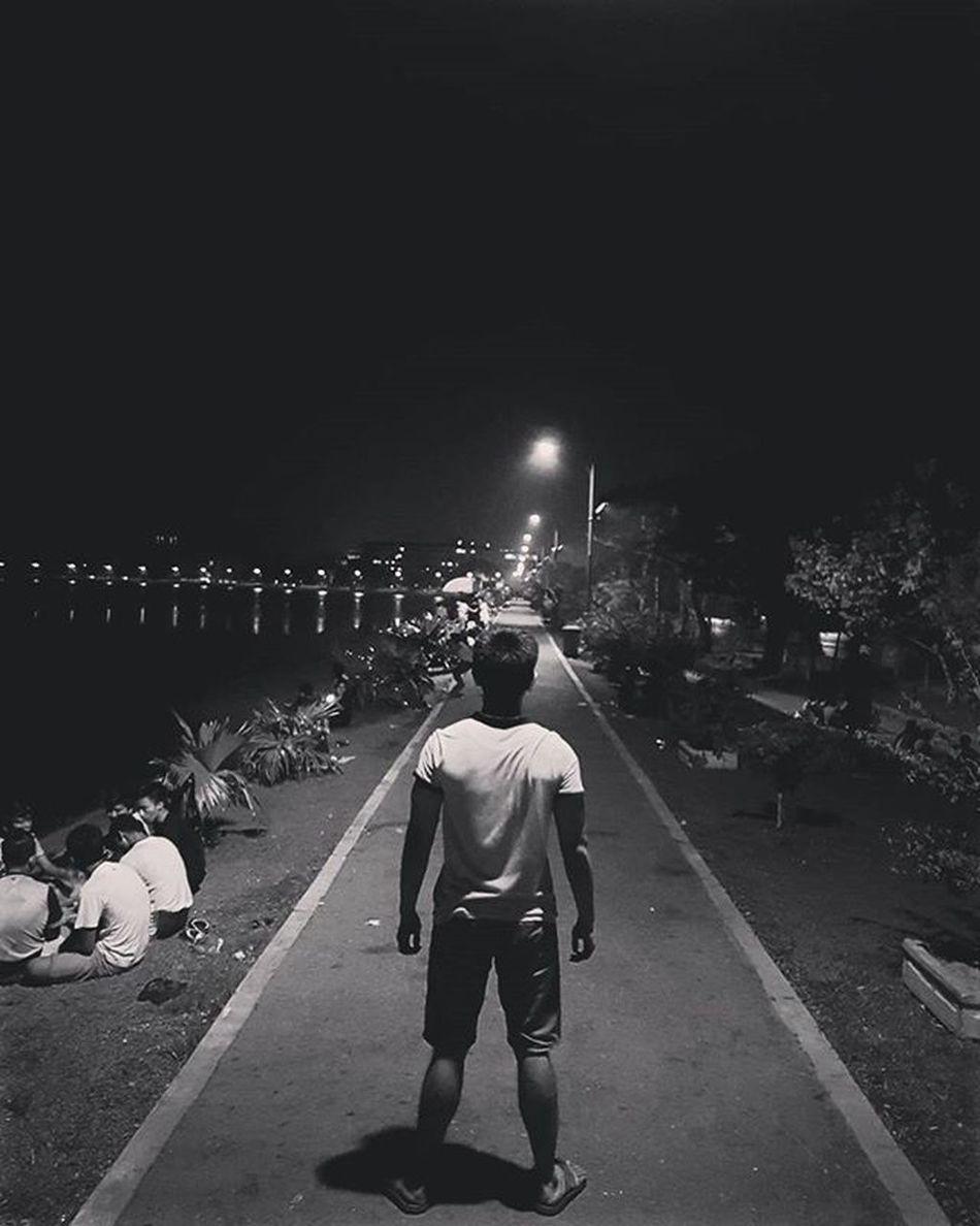 Inya Inyalake Igersmyanmar Myanmar Burma Yangon Rangoon Lake Instagood Mobilephotography Mobilephoto GalaxyS7Edge Promode S7promode Light Lighting Travelgood Choose2create Vacationinstyle Yourworldgallery AOV Artofvisuals Blackandwhite Blacknwhite Bnw instaclickoftheweek instaclickoftheday