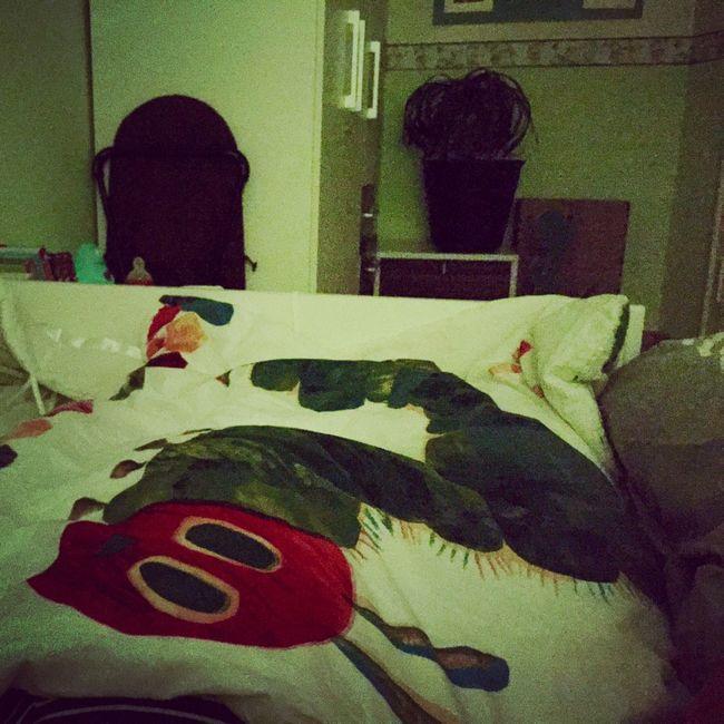 Krank Im Bett Leigen Ist Auch Mal Was Raupenimmersatt Father & Son Details Of My Life Taking Photos Hello World That's Me Goodnight Family Hi!