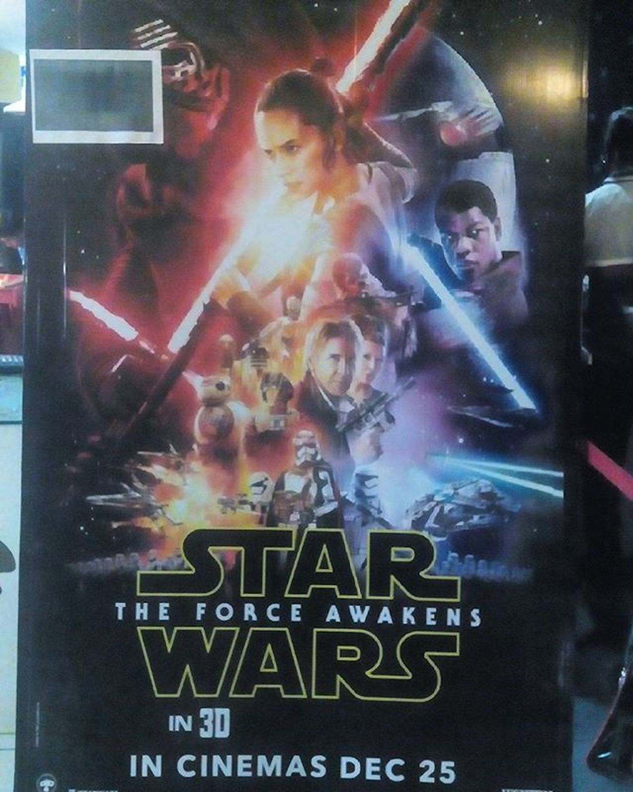 Most anticipated movie of this year .... Released today on 25th and completely satisfied by the movie . Imax Hyderabda the biggest imax screen the world ..pretty awesome .... Wonderful movie and 10/10 Rating . Fotogeek15 Starwars Starwarstheforceawakens Episode7 Instagrap MOVIE 10 /10 Lukeskywalker R .I.P HansSolo . Poster