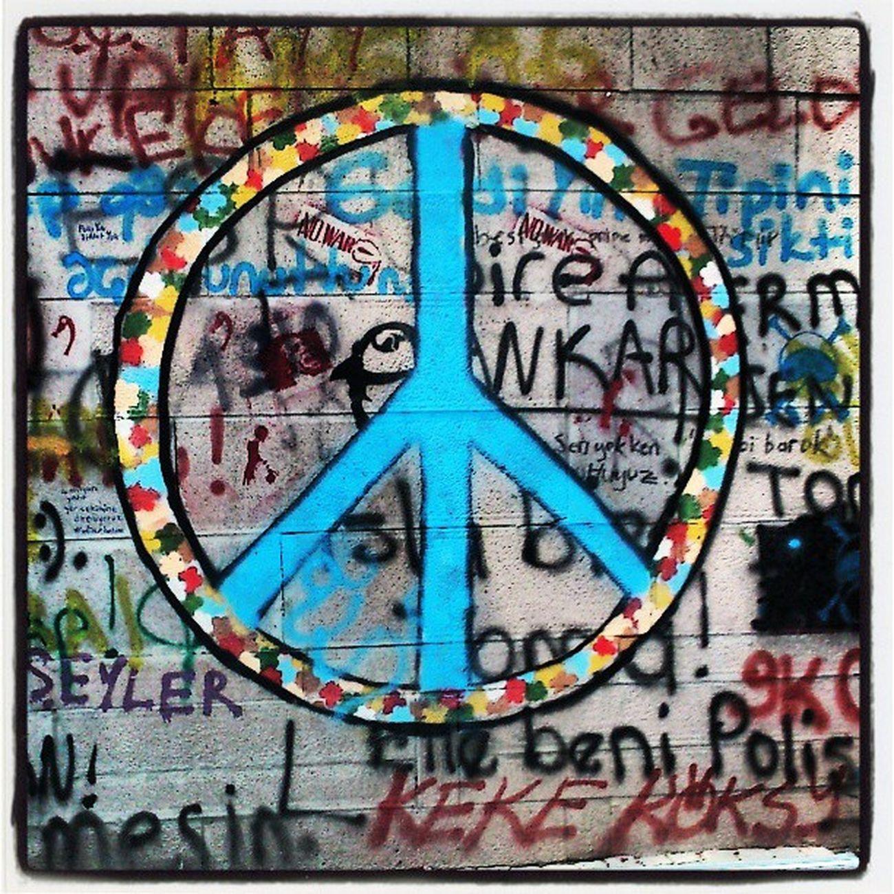 Imagine all the people/ Living life in peace Direnankara Direnkugulu Direngezi