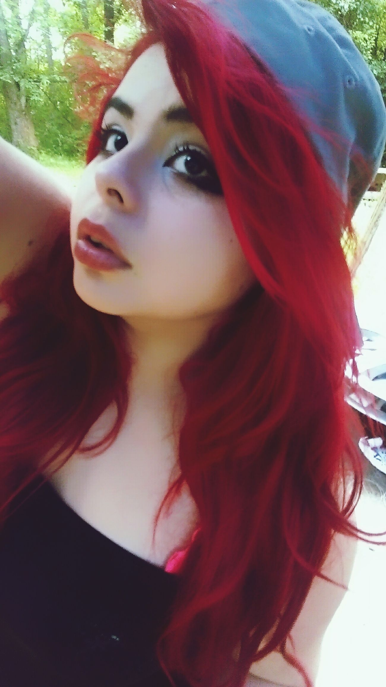 Today's Hot Look SexyLips<3 HOLLISTER Redhead redlips