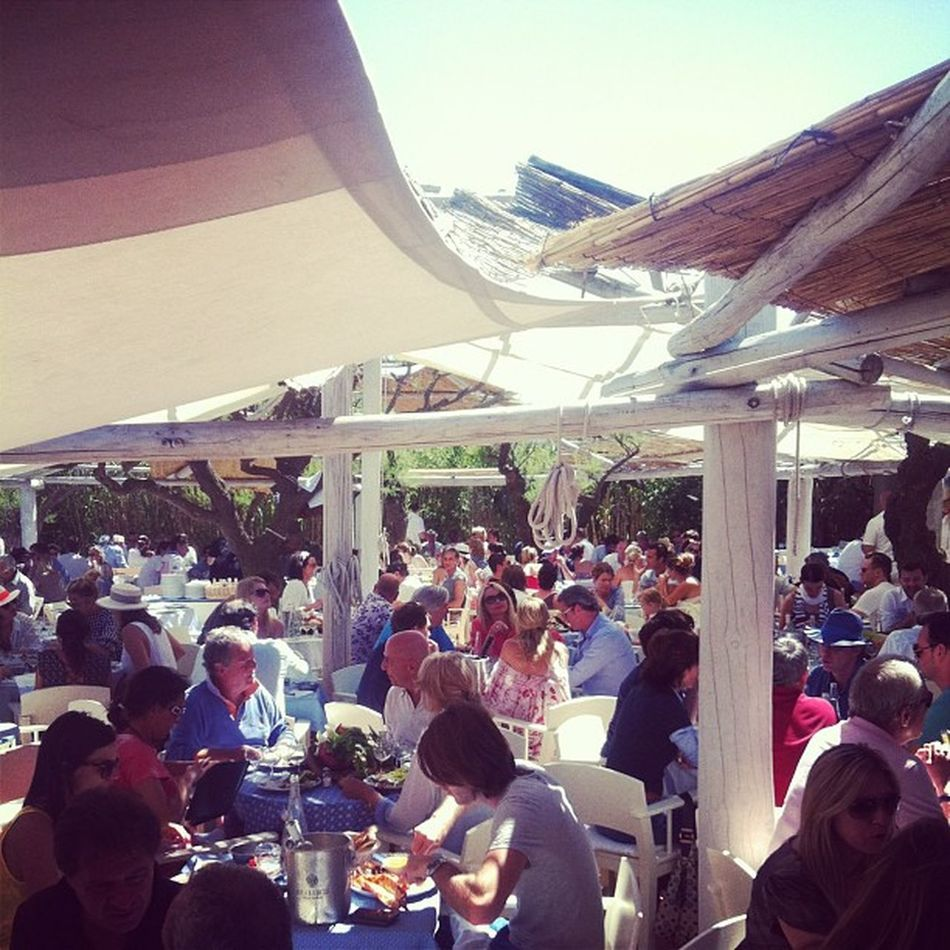 Club 55: a great mediteranean beach restaurant with delicious food and a lot of people watching in a perfect setting