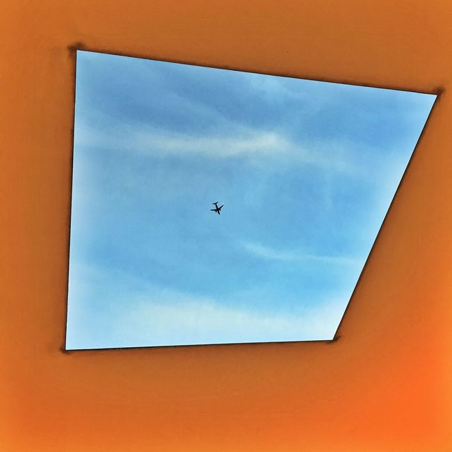 Pivotal Ideas Look Up Perspective Colour Of Life Houston Texas Houston Texas Rice University Skyspace James Turrell James Turrell Skyspace Airplane Colors Of The Sky Low Angle View The Magic Mission