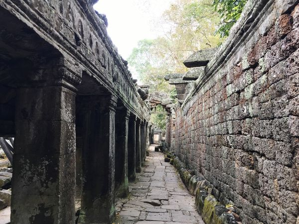Wall Kambodia An Alley Sky Built Structure No People