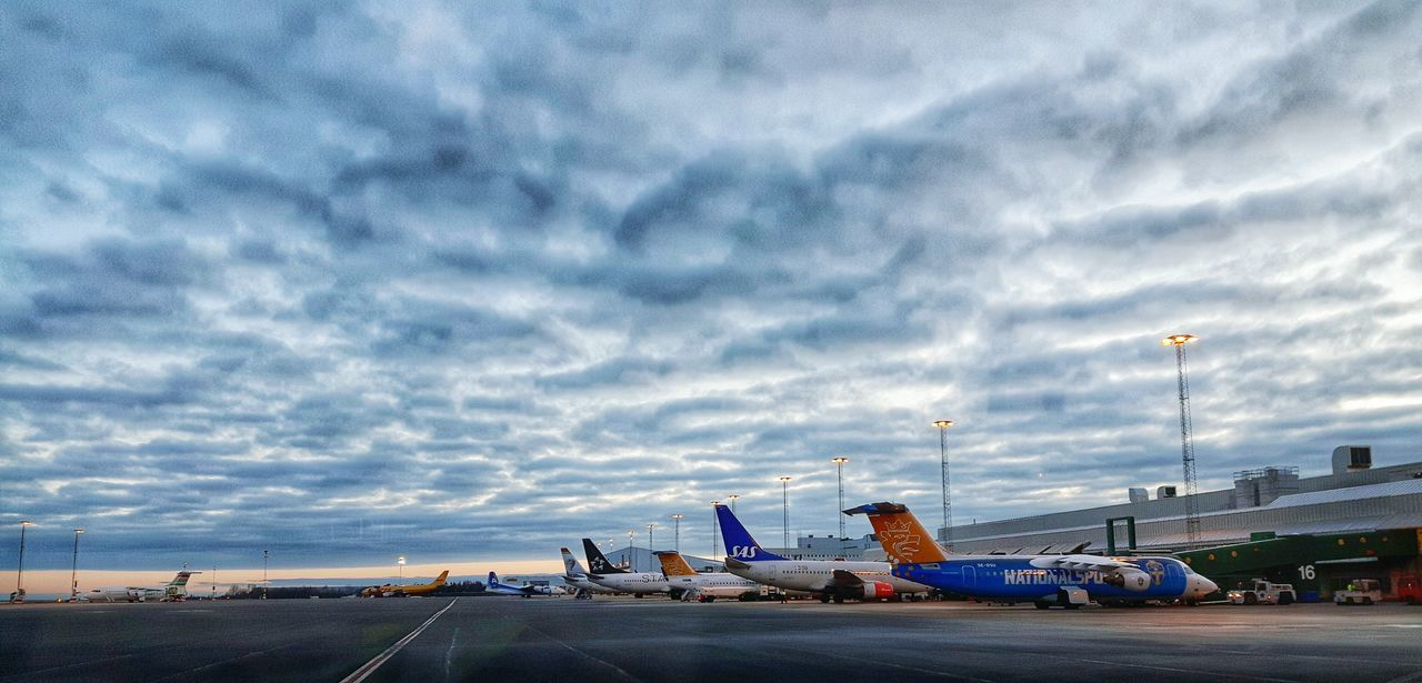 Airport Spring 2016 Taking Photos Samsungphotography Showcase March Sky And Clouds Comercial Airline Apron Godmorning