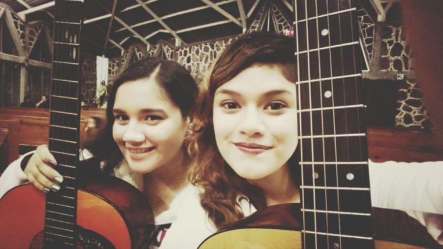 Amigas❤ Guitarras Iglesia Católica  Grupo Juvenil
