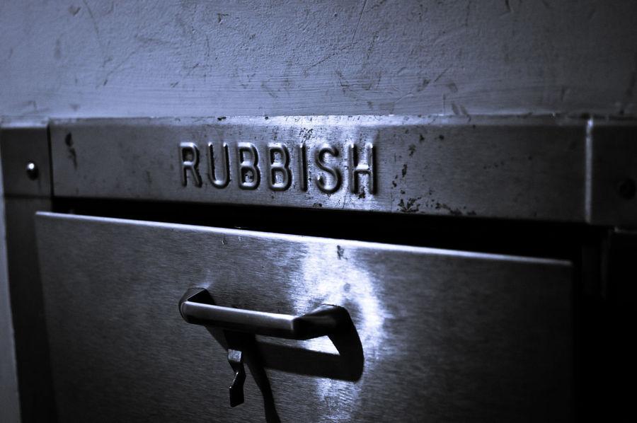 British Disposable Rubbish Trash Apartment Living Chute Discard Door Garbage Metal Throwaway