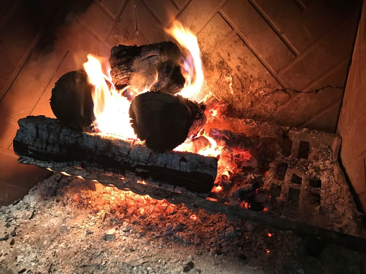 Thanksgiving Fireplace Heat - Temperature Fire - Natural Phenomenon Flame Burning Wood - Material Metal Industry No People Indoors  Close-up Working Night Molten