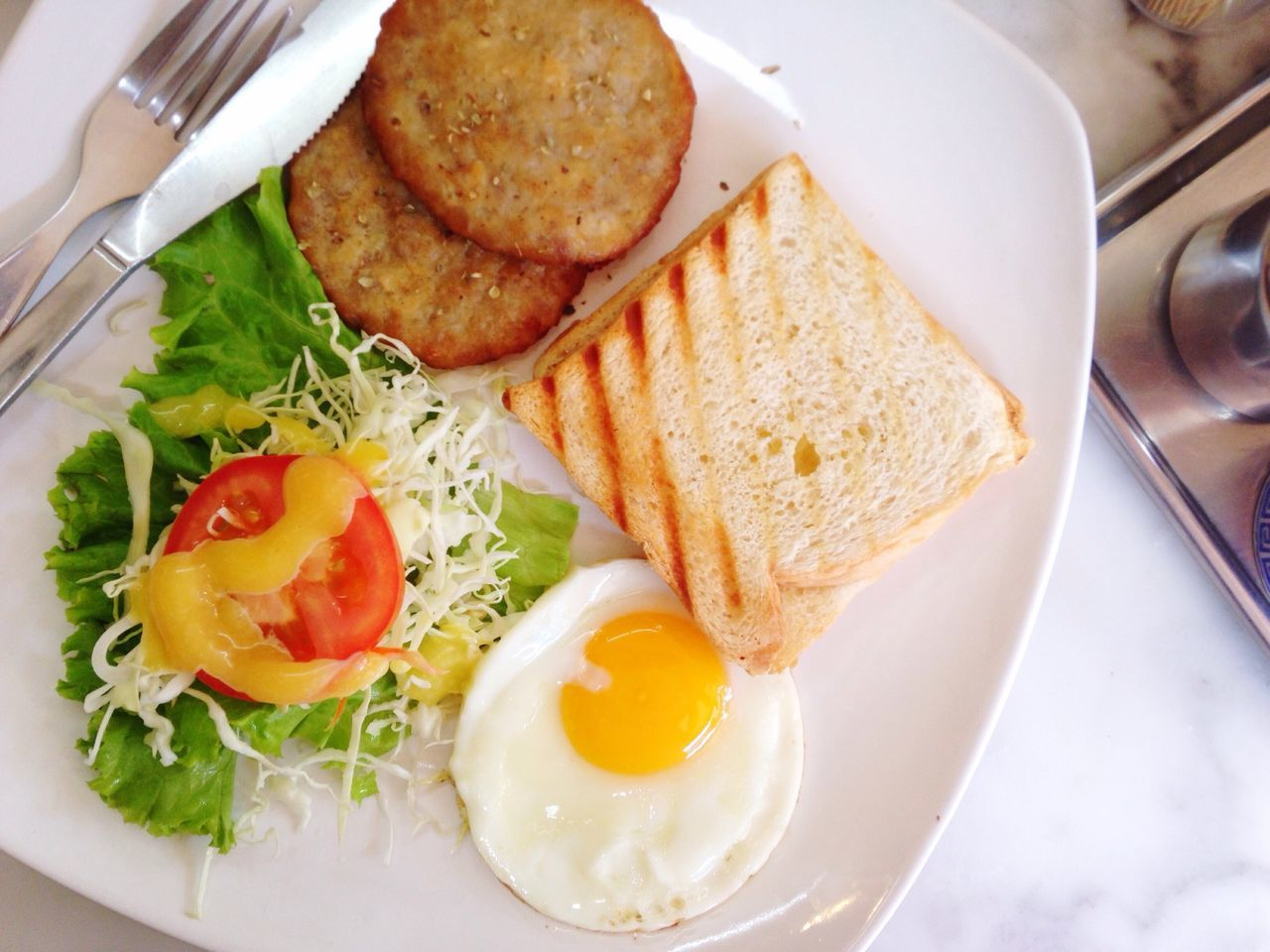 Breakfast on Chinese Free day Chinese Breakfast Style Monday Easy Day Day Off Morning Meal Relax Monday Top Shot American Style Look A Like Kopi Bangkok Cafe