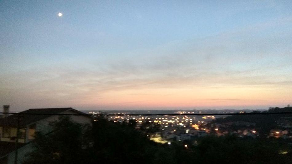Nightsky Dusk Moon Cityscape