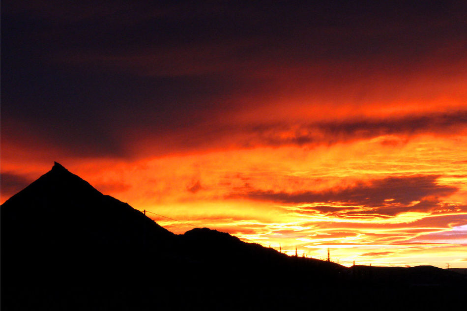 Sunsets. Cloud] Dark Landscape Mountain Night Red Sky Sky And Clouds Sunset