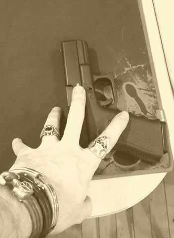 Weapons Glock19