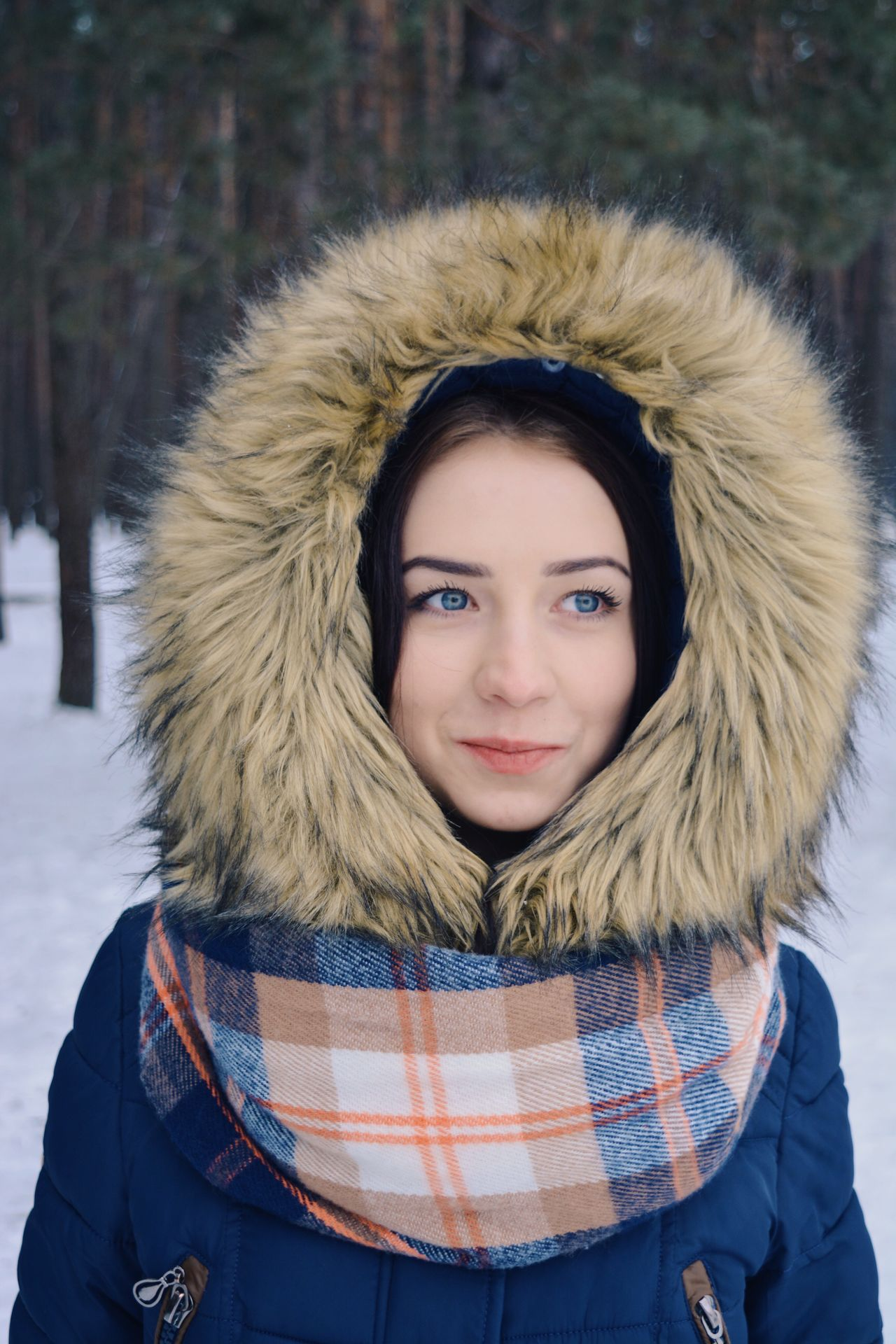Winter portrait Looking At Camera Portrait Winter Cold Temperature Young Adult Warm Clothing Beautiful People Front View Beautiful Woman One Person Standing Beauty Fur Snow Young Women Outdoors Lifestyles Real People Confidence  Adults Only