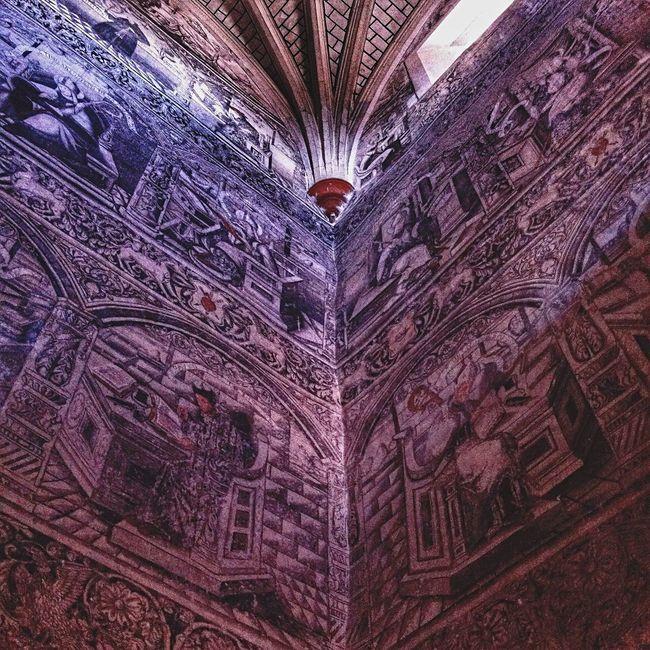 Los frescos del siglo XVI mejor conservados de todo Mexico están en el exconvento de San Nicolás de Tolentino. Yomochilero en Actopan, Hidalgo. Mexico