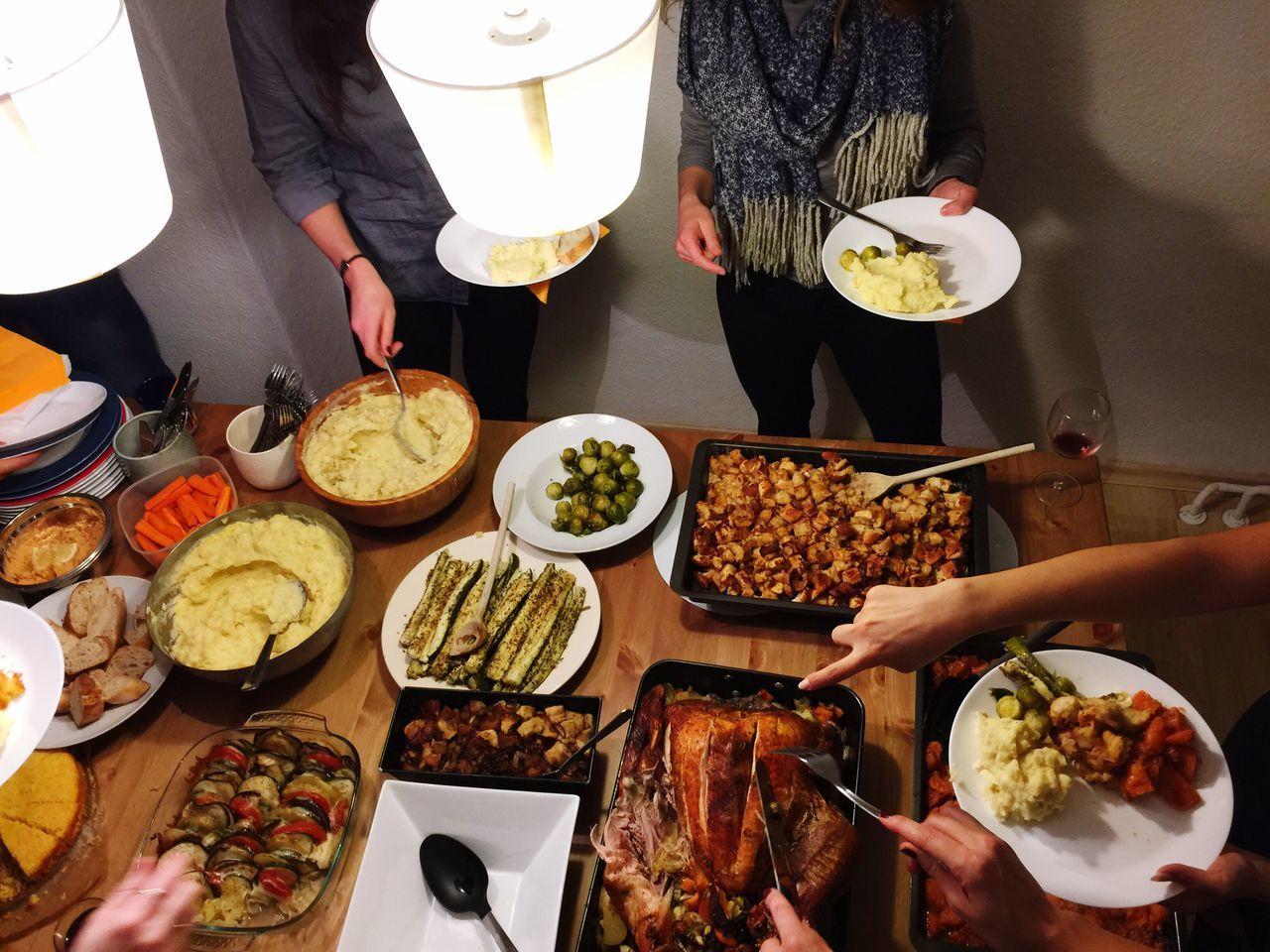 Beautiful stock photos of happy thanksgiving, Berlin, Bonding, Dinner, Drink