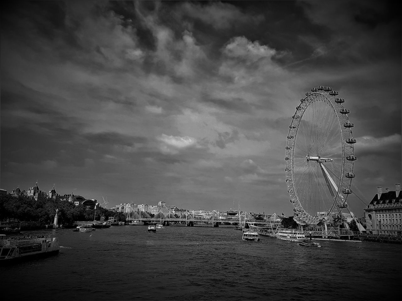 Architecture Black And White Boats And Water Built Structure City Cityscape Cloud - Sky Day London Architecture London Eye London Eye, London London Lifestyle London Thames London Thamesriver London Transport London Trip River Thames Sky Tall - High Tourist Attraction  Tourist Attractions Travel Travel And Tourism Travel Destinations Water