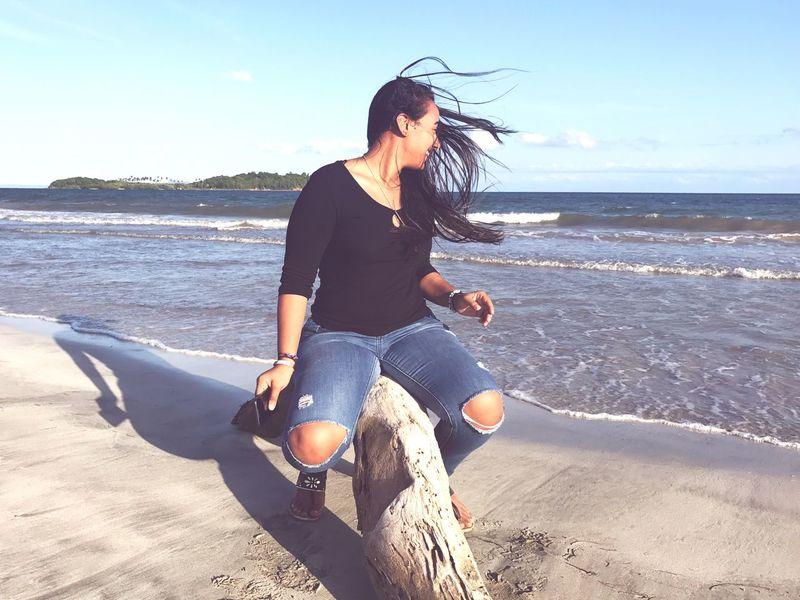 Beach Beachphotography Air EyeEmNewHere EyeEm Best Shots EyeEm Nature Lover Eyeemphotography Real People Sand Sand & Sea