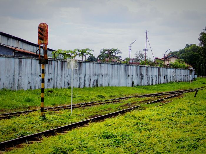 Train signal in Lempuyanganstation Yogyakarta, Indonesia Train Signal Trainsignal Old Railway Photograph First Eyeem Photo