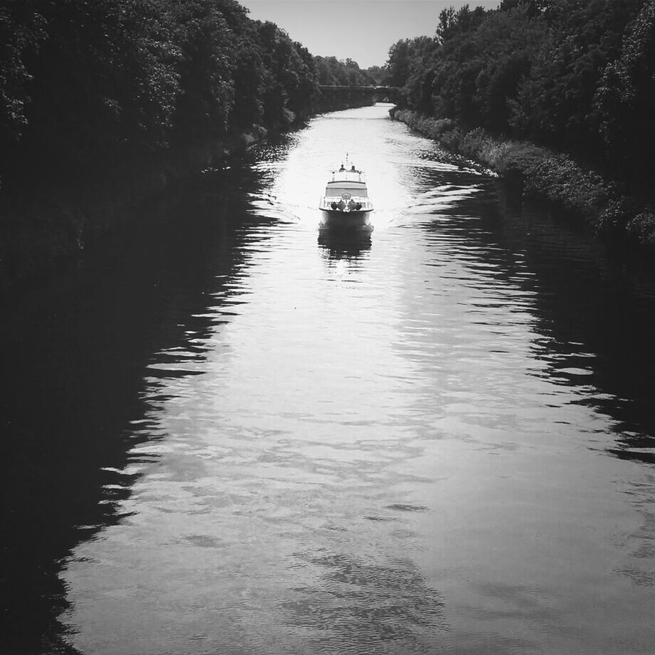 Beautiful stock photos of boat, Berlin, Boat, Canal, Day