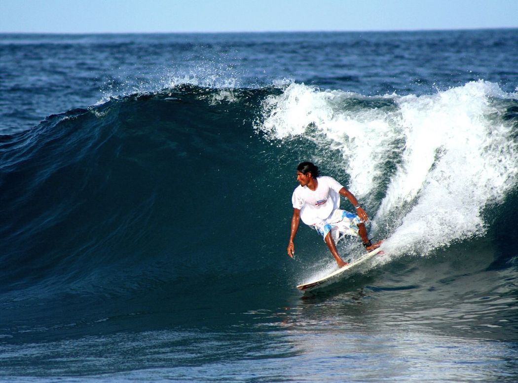 Surfing Surf Padang Male'city ASIA