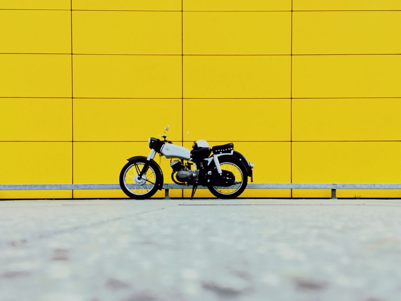 Yellow No People Motorcycle Streetsofberlin Urban Geometry
