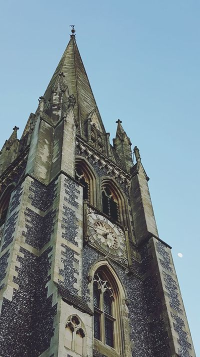 Architecture No People Clear Sky Built Structure Building Exterior Sky History Outdoors Moon St Martins Church Looking Up Spire