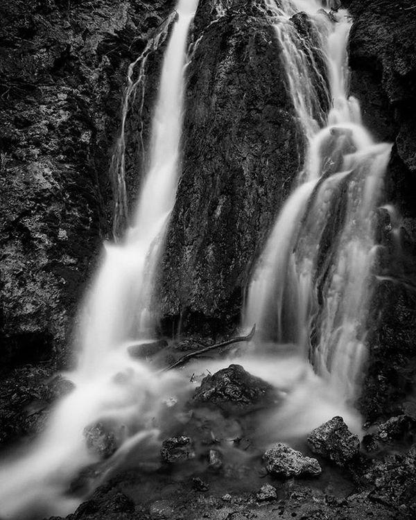 Cold overcast rainy morning? I'll try my hand at long exposure waterfalls. Longexposure Waterfall Water Millcreekcanyon Utah Visitutah Monochrome Whpdaydream
