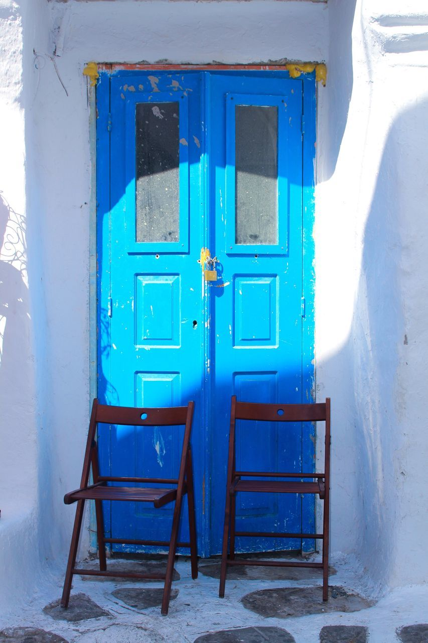 blue, door, window, day, no people, outdoors, architecture, built structure, winter, nature