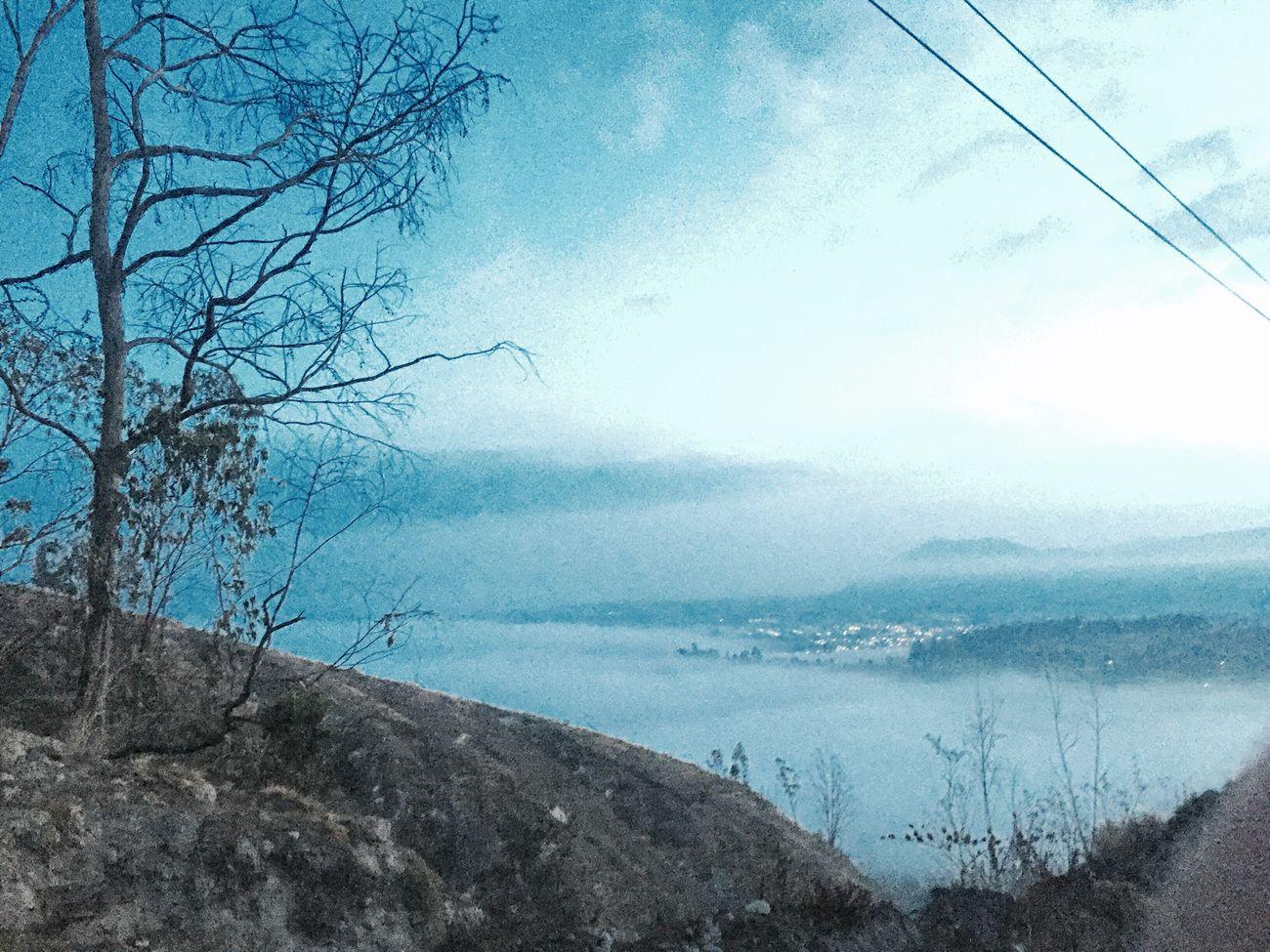 Neblina Lago Neblina Nebline Day Beautiful Beauty In Nature Pueblo Ciudad Montañas❤